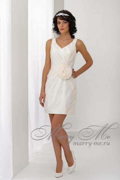 ...на пляже-это короткое платье-это был идеальный вариант: не занимает...
